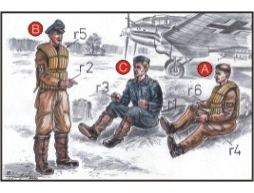 CMK German Bomber Pilots (3 fig.) WW II 1:72 (F72038)