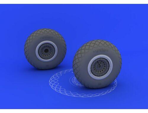 Eduard B-17 wheels for HKM 1:32 (632017)