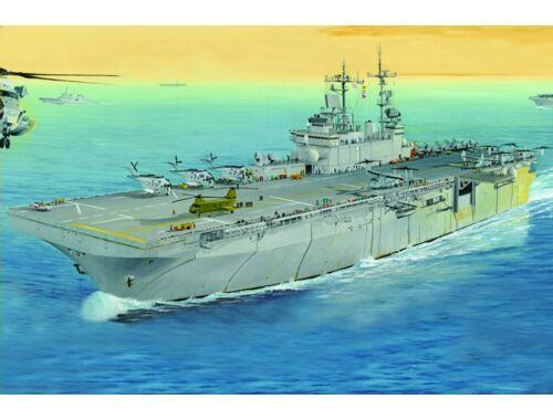 Hobby Boss USS Wasp LHD-1 1:700 (83402)