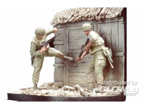Hobby Fan U.S. Marines Battel of Hue 1968(1)w/base 1:35 (HF508)