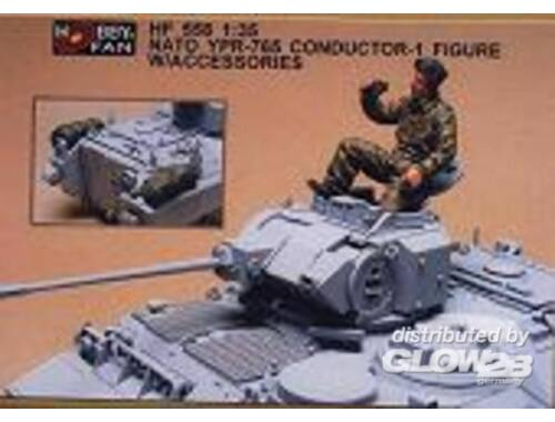 Hobby Fan Nato YPR-765 conductor- 1 Fig. w/acc. 1:35 (HF558)