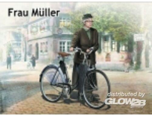 Master Box Frau Müller.Woman woman`s bicycle Europ 1:35 (35166)