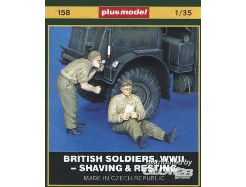 Plus Model Britische Soldaten, WWII Shaving   Resting 1:35 (158)