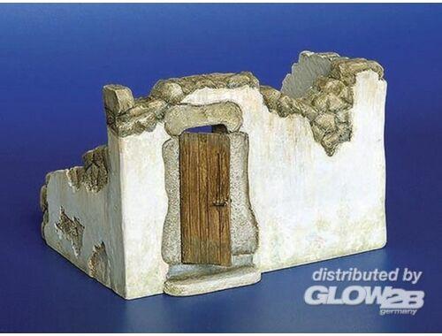 Plus Model Osteuropäische Ruine 1:35 (209)