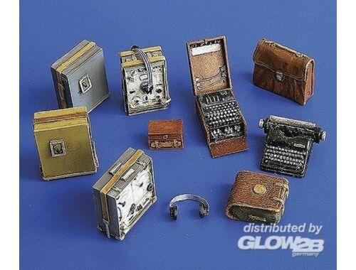 Plus Model Deutsche Empfänger und Enigma Schiffriermaschine 1:35 (249)