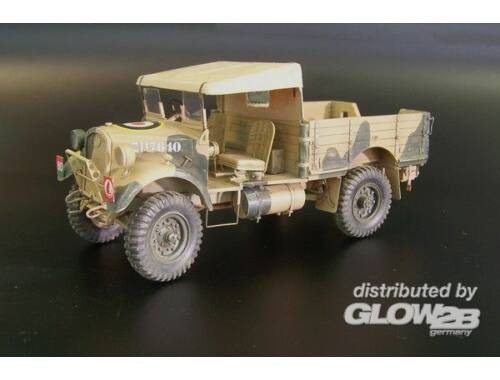 Plus Model British light truck WOT-2C 1:35 (325)