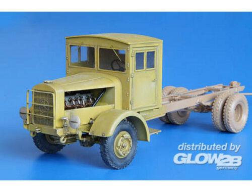 Plus Model Einheist Cabine for L4500 1:35 (356)