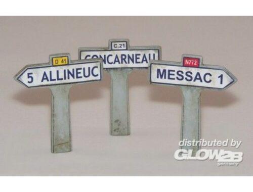 Plus Model Wegweiser aus Frankreich II 1:35 (413)