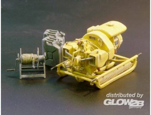 Plus Model German power generator WWII 1:35 (421)
