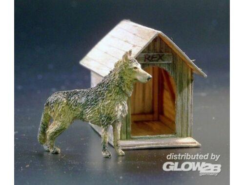 Plus Model Dog house 1:35 (423)