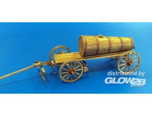 Plus Model Hay wagon with wooden tank 1:35 (428)