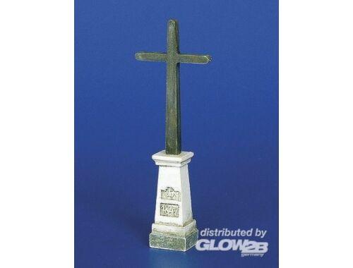 Plus Model Kreuz auf einem Podest 1:48 (4026)