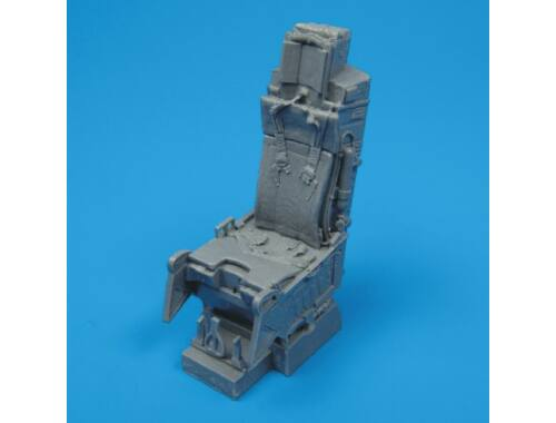 Quickboost F-15 ejection seat with safety belts 1:32 (32003)
