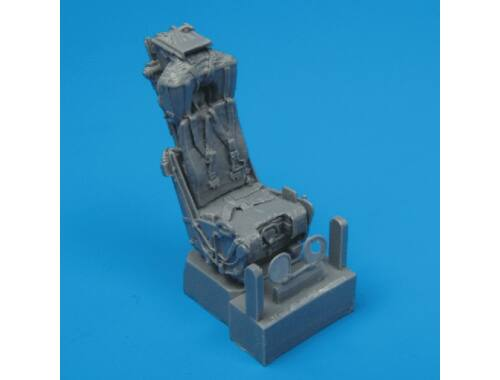 Quickboost F-4 ejection seats with safety belts 1:48 (48004)