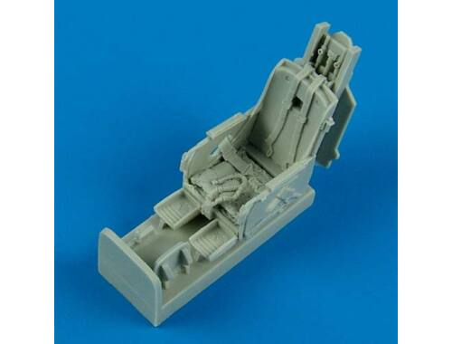 Quickboost F-86F Sabre eject. seat w. safety belts 1:48 (48511)