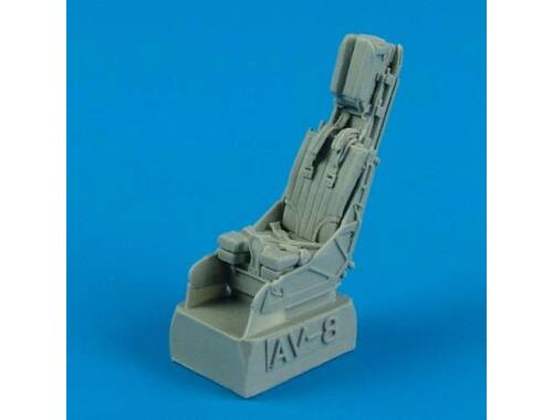 Quickboost V-8B Harrier II seat with safety belts 1:48 (48522)