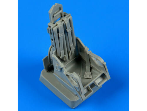 Quickboost MiG-15 ejection seat with safety belts 1:48 (48563)