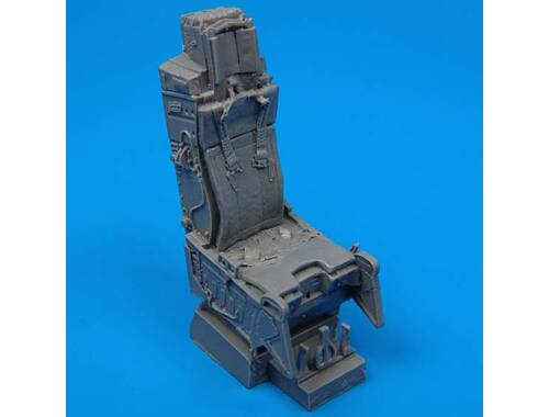Quickboost F-15 ejection seat with safety belts 1:72 (72022)