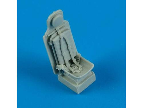 Quickboost P-51D Mustang seat with safety belts 1:72 (72397)