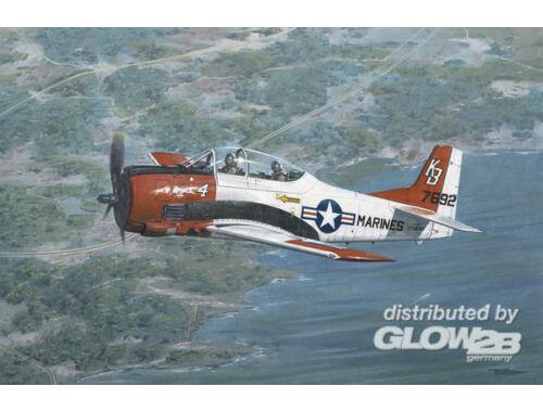 Roden North American T-28B Trojan 1:48 (441)