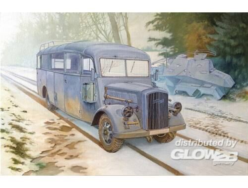 Roden Opel Blitz 3.6-47 Omnibus W39 Ludewig 1:35 (807)