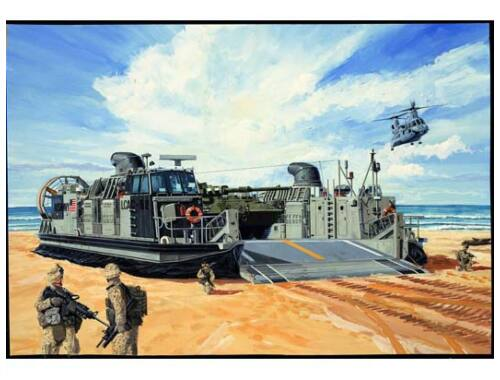 Trumpeter USMC Landing Craft Air Cushion 1:144 (107)