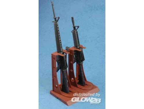 Trumpeter AR15/M16/M4 FAMILY-M16 1:3 (1901)