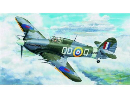 Trumpeter Hurricane Mk. IIC 1:24 (2415)