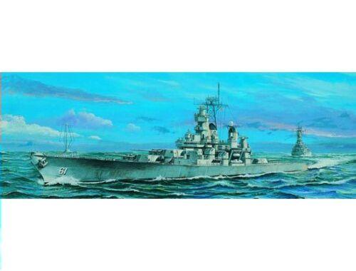 Trumpeter Schlachtschiff USS Iowa BB-61 1984 1:700 (05701)