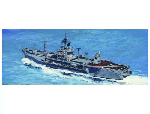 Trumpeter USS Mount Whitney LCC-20 1997 1:700 (5719)