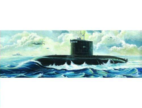 Trumpeter Russisches U-Boot Kilo-Klasse 1:144 (05903)