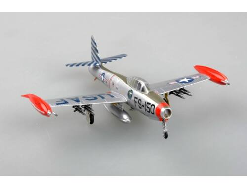 Easy Model F-84E49-2105,Was assigned to the 22nd Fighter Bomber Squadron 1:72 (37109)
