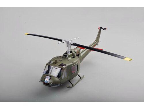 Easy Model UH-1C U.S. Army 1:48 (39319)