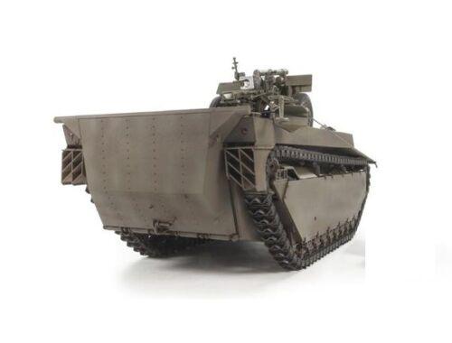 AFV Club LVT 4 Buffalo Carrying M2A1 105mm Howitz 1:35 (DH96008)
