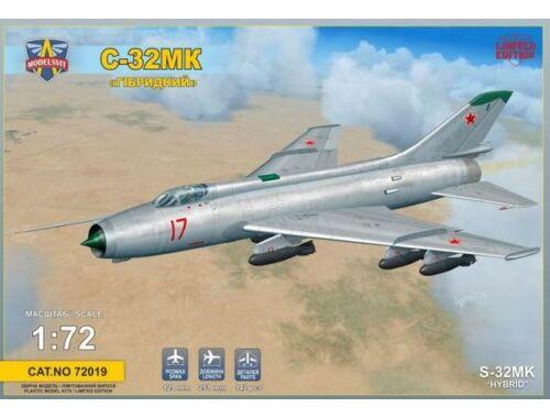 Modelsvit Sukhoi S-32MK Soviet bomber 1:72 (72019)