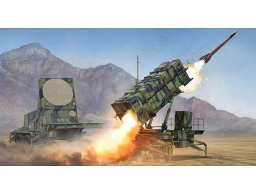 Trumpeter M901 Launching Station AN/MPQ-53 of MIM-104 (PAC-2) 1:35 (1022)