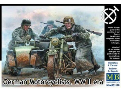 Master Box German motorcyclists, WWII era 1/35 (35178)