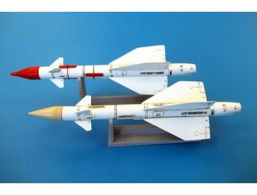 Plus Model Russian missile R-98R 1:48 (AL4051)