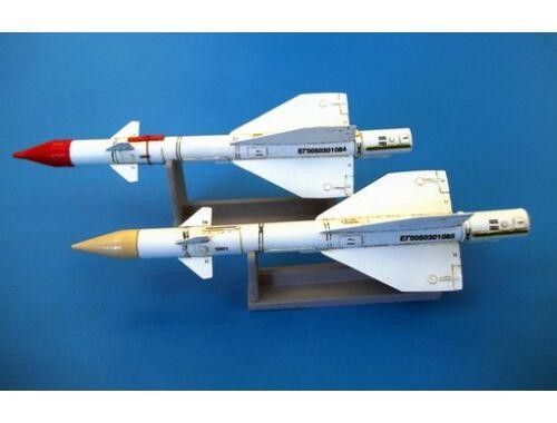 Plus Model Russian missile R-98MR 1:48 (AL4053)