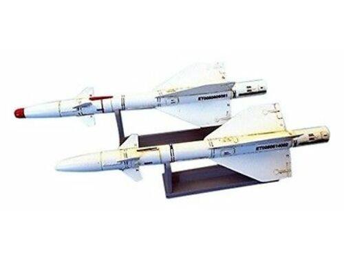 Plus Model Russian missile R-98MT 1:48 (AL4054)