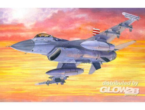 Mistercraft F-16C-25 Viper 1:72 (D-64)