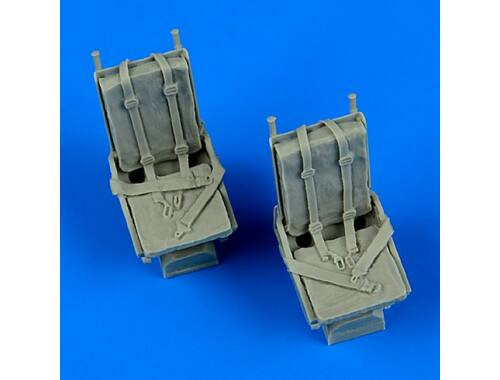 Quickboost B-25 Mitchell seats with safety balts 1:48 (48681)
