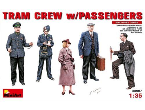 Miniart Tram Crew with Passengers 1:35 (38007)
