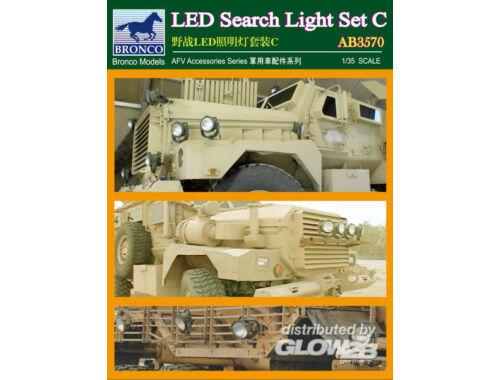 Bronco LED Search Light Set C. 1:35 (AB3570)