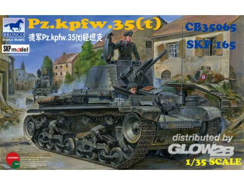 Bronco German Pz.Kpfw. 35(t) Light Tank 1:35 (CB35065)
