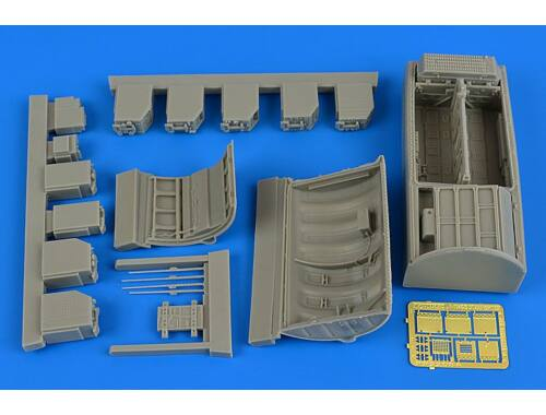 Aires F-104G/S Starfighter electronics  ammuni -tion bay for Italeri 1:32 (2208)