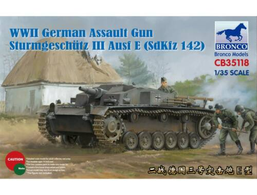 Bronco German Assault Gun Sturmgeschütz III Ausf E (SdKfz 142) 1:35 (CB35118)
