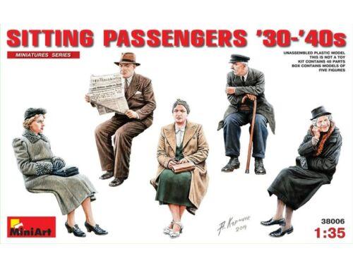Miniart German Sitting Civilians'30s-'40s 1:35 (38006)