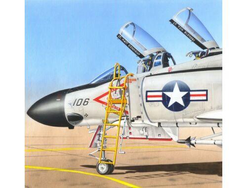 Plus Model Ladder For F-4 Phantom II 1:48 (AL4050)