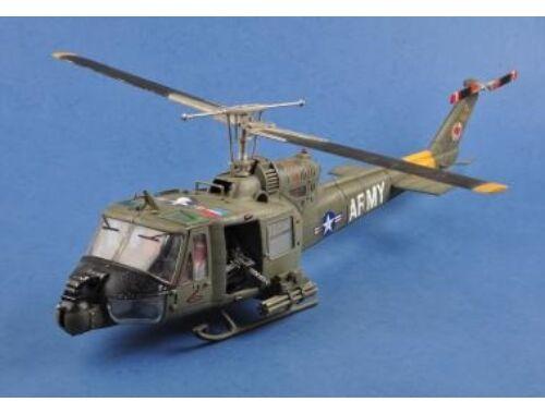 Merit UH-1 Huey B-501st Aviation Battalion Firebirds in 1:18 (60029)